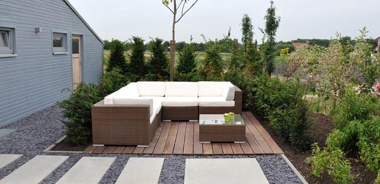 ambiente gartengestaltung in m nster trockenbach und kiesmosaik. Black Bedroom Furniture Sets. Home Design Ideas